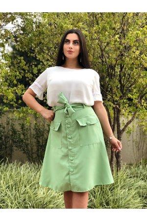 Saia Midi Esmeralda + Blusa Branca de Neve