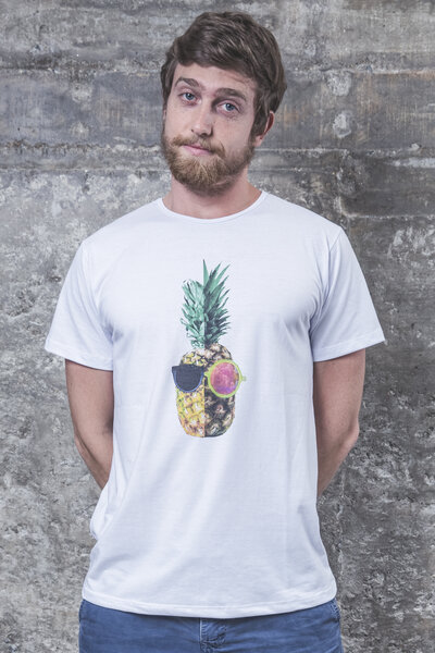 Camiseta Young Pineapple