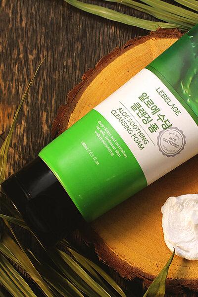 Lebelage Espuma Hidratante de Limpeza de Aloe 180ml