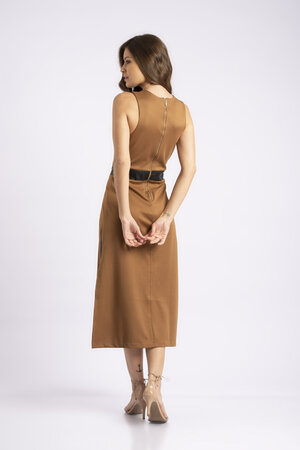 Vestido midi detalhe sintetico com fenda lateral