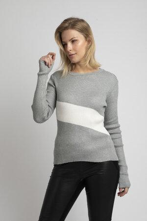 Blusa em tricot canelado gola redonda