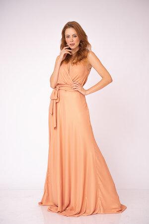 Vestido longo decote ve detalhe franzido com faixa