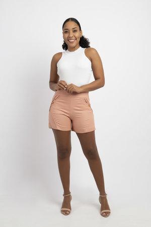 Shorts sarja detalhe lateral