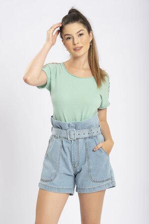 Shorts jeans clochard com cinto