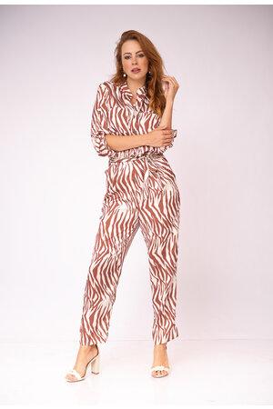 Macacao tigre bolsos elastico na cintura