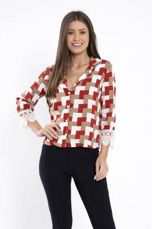 Camisa estampa quadriculada manga aplique floral