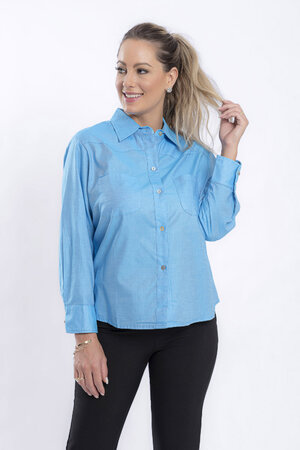 Camisa em algodao com bolsos