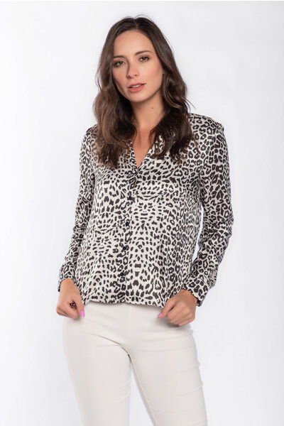 Camisa acetinada animal print