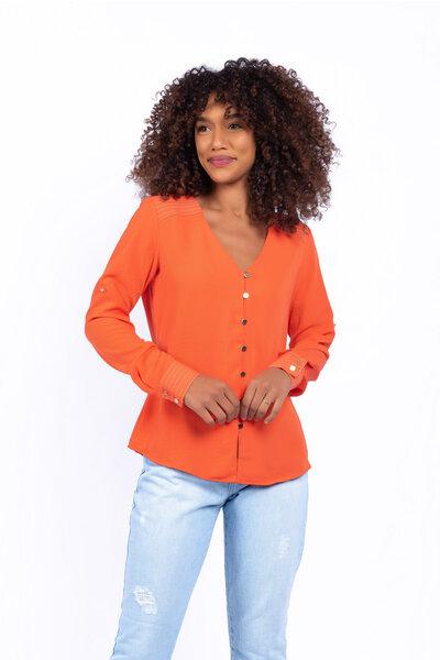 Camisa pesponto contraste pala e punho