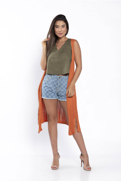 Colete tricot alongado recorte frontal