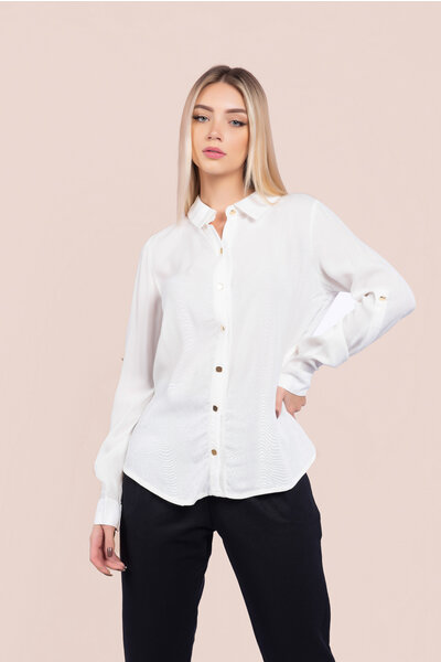 Camisa texturizada detalhe argola