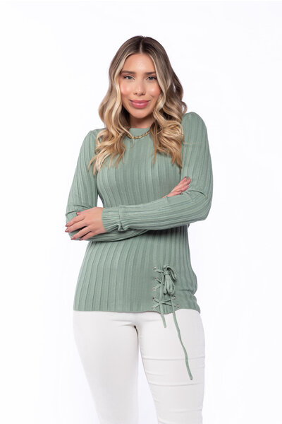 Blusa tricot detalhe cordão frontal