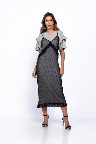 Vestido sobreposição em tule