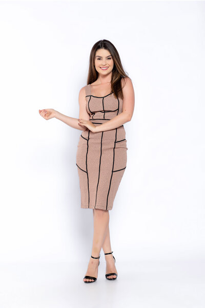 Vestido tubinho jacquard recortes