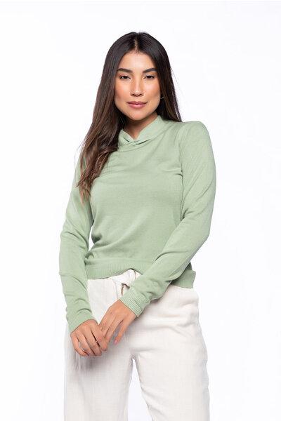 Blusa tricot com gola torcida