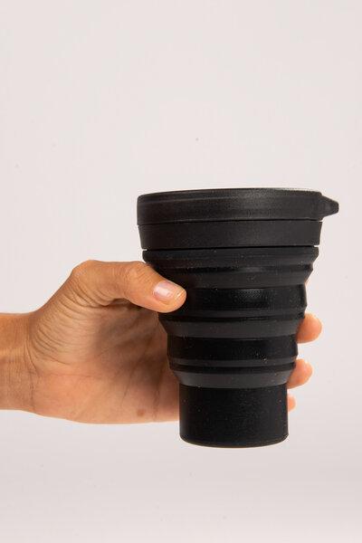 copo de silicone reutilizável preto 400ml | menos 1 lixo