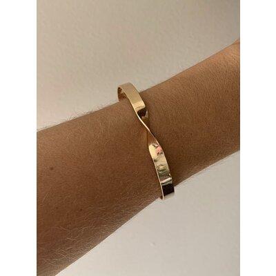 Bracelete Torcido ouro -