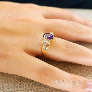 Anel The Princess com Cristal cor Ametista Ouro Amarelo 18K