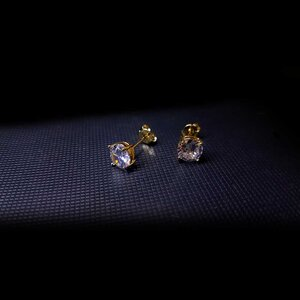 Brinco Major Touch Cristal Ponto de Luz Ouro Amarelo 18K