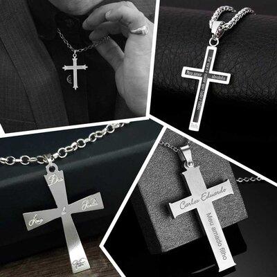 Colar Crucifíxo Personalizado em Aço