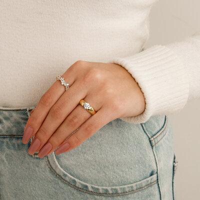 Anel Solitário Em Prata Elegance Dourado