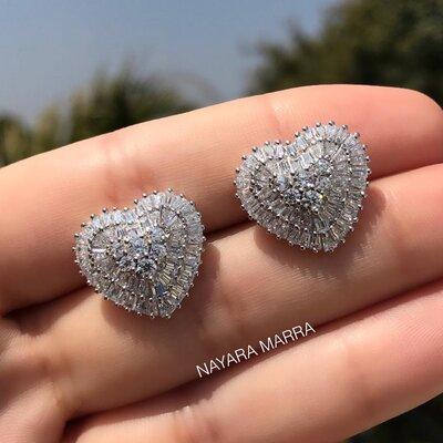 Brinco Em Prata Coração Baguete Cristal