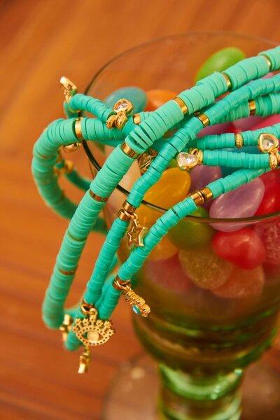 Colar Beads Corações Turquesa