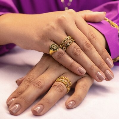 Anel Cravejado - Ouro 18k