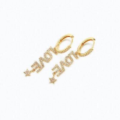 Brinco Argolinha Love Cravejado Zircônias - Banho Ouro 18k
