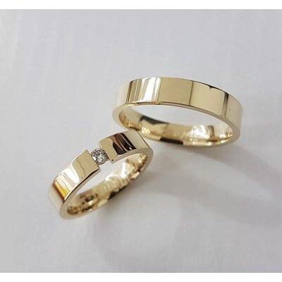 Par de Alianças Fio Quadrado Casamento Ouro Maciço 18k