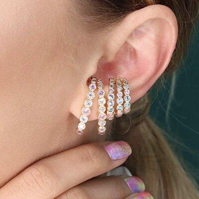 Brinco Ear Hook Zircônias Colors - Banho Ouro 18k