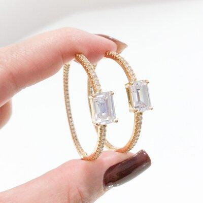 Argola com Micro e Pedra Quadrada Cristal - Ouro 18K