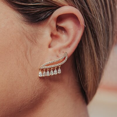 Brinco Ear Cuff Cravejado Gotas Cristais - Ouro 18k