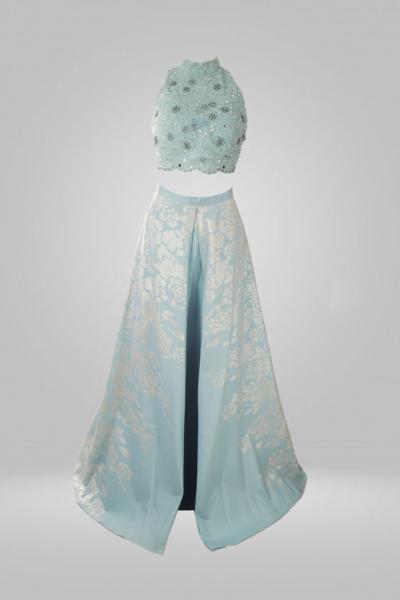 Vestido (crooped com saia longa) busto bordado , saia com bolsos.