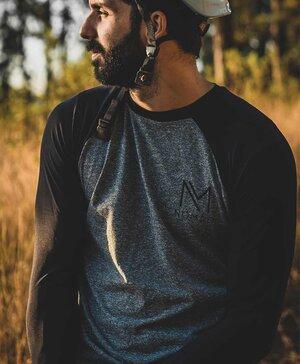 Camisa NAKED CINZA masculina (manga longa)
