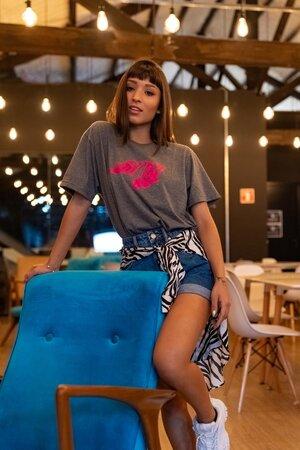 Camiseta Grafite