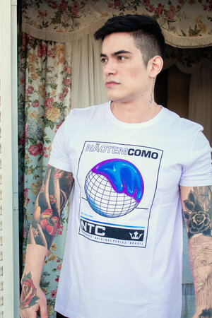 Camiseta Global Future