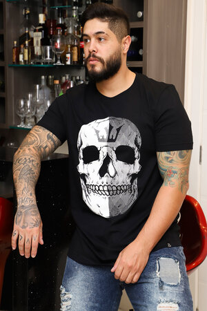 Camiseta Half Skull