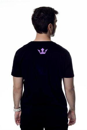 Camiseta Never Surrender