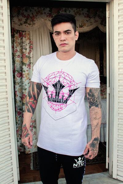Camiseta Geometric Skull