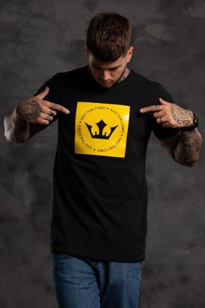 Camiseta Striker - Preta