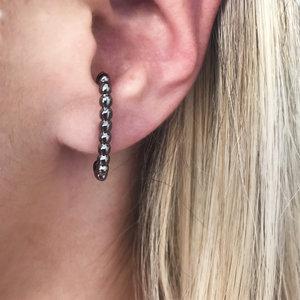 Brinco Ear Hook Bolinhas Ródio Negro