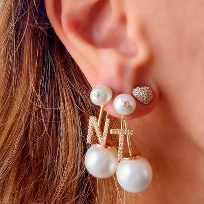Ear Jacket Pearls Letra Ouro - Unitário