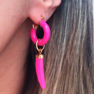 Argola Tubo Pink com Dente (lados diferentes)