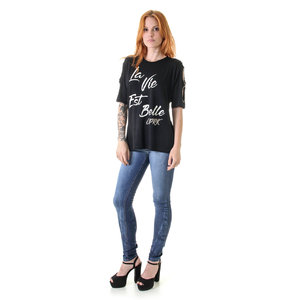 Blusa Opera Rock bordados e estampa floral