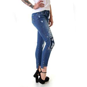 Calça Jeans Feminina Skinny com Rasgos e Puidos