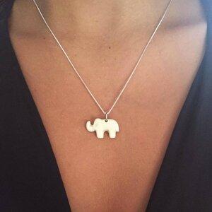 Pingente Elefante Marfim Prateado