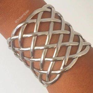 Bracelete Fios Cruzados