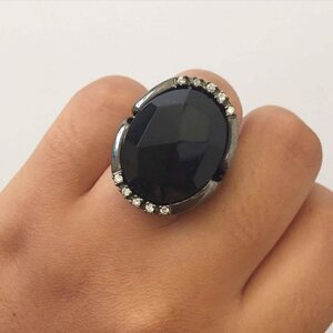 Anel Negro Cristal Oval