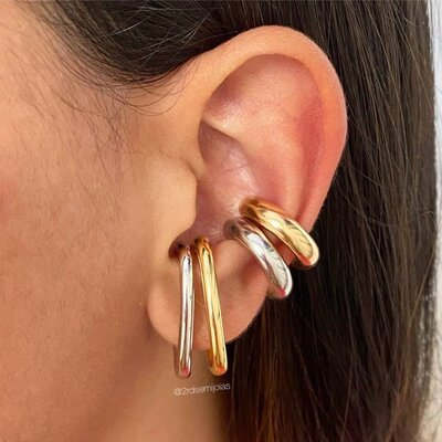 Piercing Earhook Falso Tubo Ouro